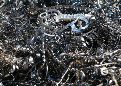 chips and curls of ferrous metal into landfill for recycling 3